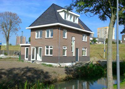 Drie nieuwbouw woningen te Rotterdam